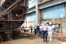 Governor of the Astrakhan Region familiarized himself with the construction progress of the cruise liner.